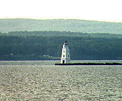 Ashland Breakwater Light in 1994 - 19th trip
